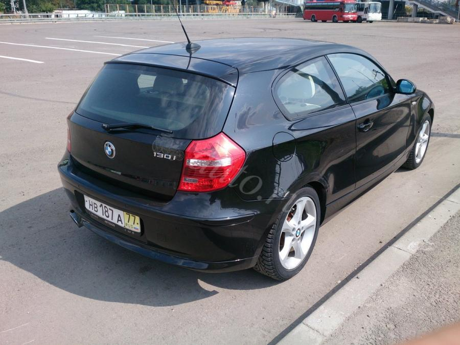BMW 1er-E81-Hatchback-3-dr-2008-04