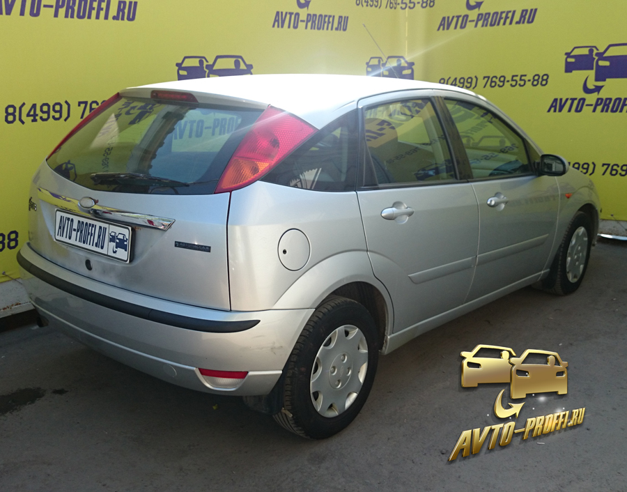 Ford Focus Hatchback II-5