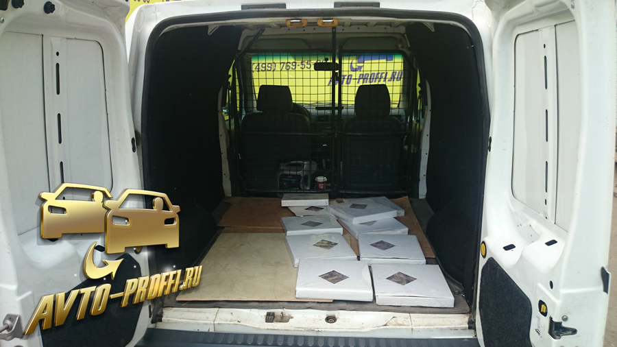 Ford Transit Connect-7