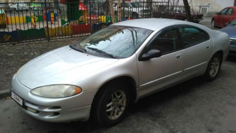 Dodge Intrepid, 2004