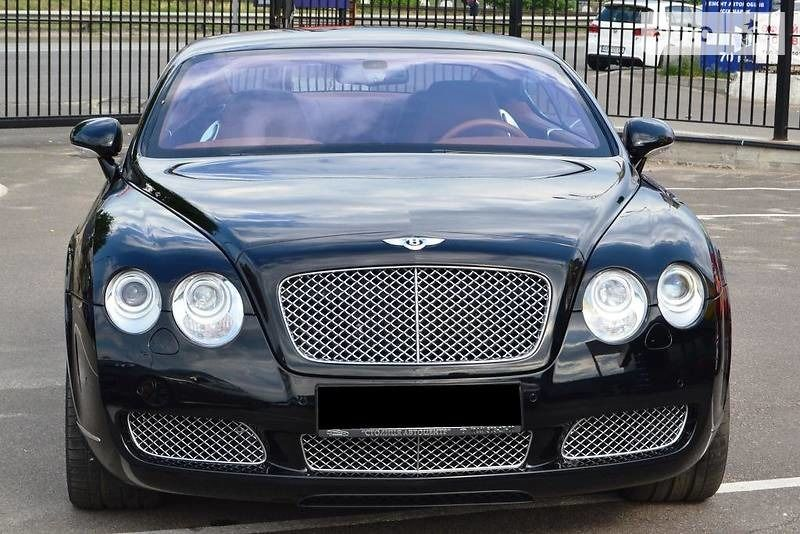 Bentley Flying Spur 2000 года